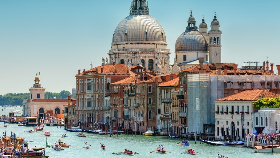 The 50 most beautiful cities in the world archetypes for Top 50 architects in the world