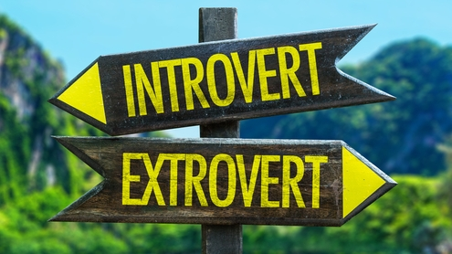 Signs you're dating an extrovert