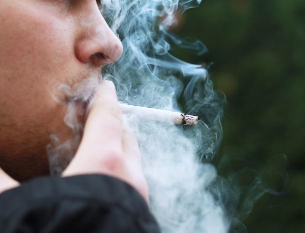 1484917141259-smoking-1026559_1920