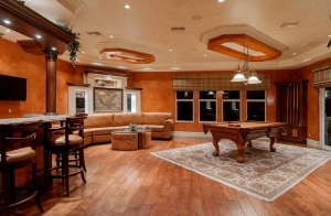 male-retreat-man-cave-interior